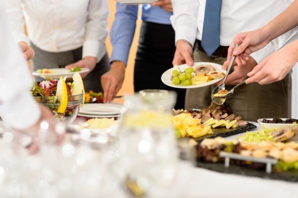 Lunchbord-kantinetjenester